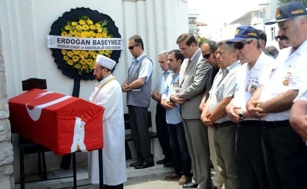 kıbrıs BODRUM, KIBRIS GAZİSİNİ SONSUZLUĞA UĞURLADI… kibris gazisi mehmet sivaci yasamini kaybetti 3