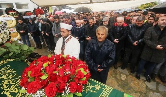 ali özdemir BODRUM, ALİ ÖZDEMİR'İ SON YOLCULUĞUNA UĞURLADI… ali odemir cenaze toreni 2