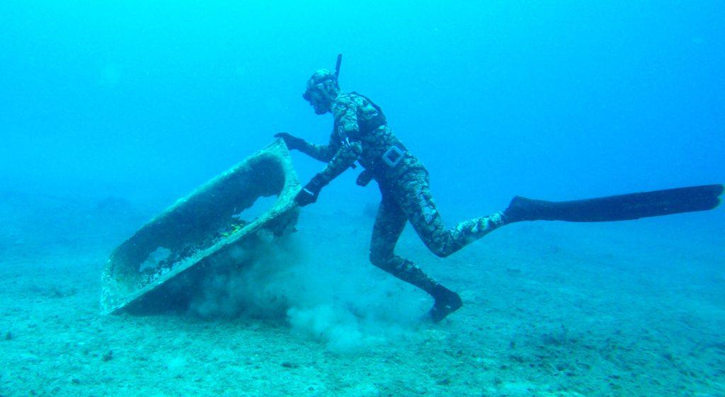 """denİze mavİ yakiŞir DENİZE EN ÇOK """"MAVİ"""" YAKIŞIR… denize mavi yakisi temizlik 1"""