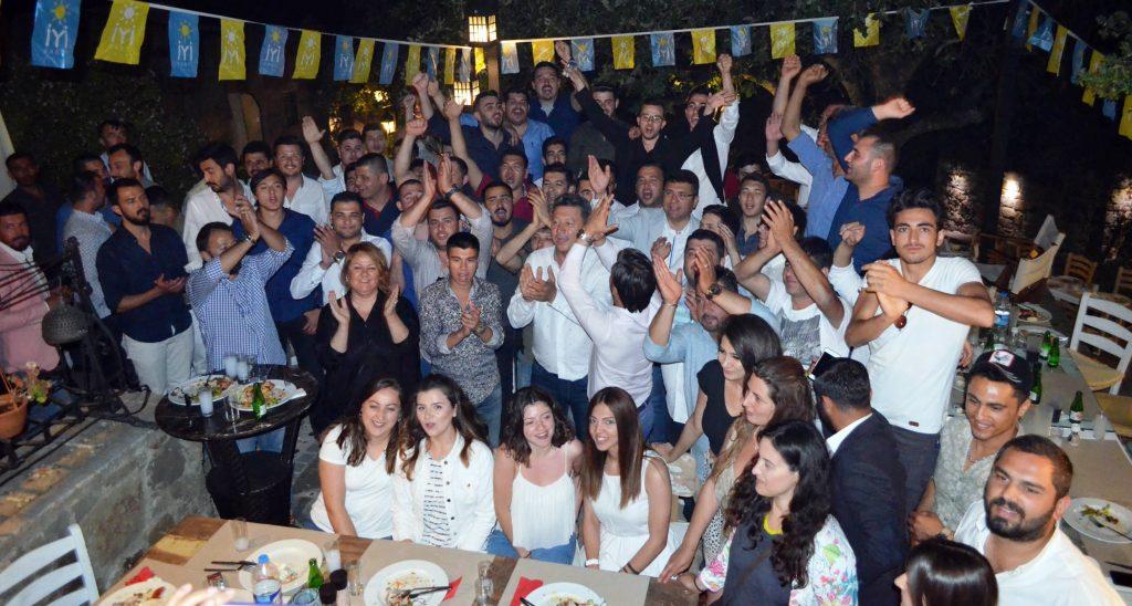 bodrum iyi parti GENÇLER BODRUM'A İYİ GELECEK… iyi parti geclik kollari bulusma 4