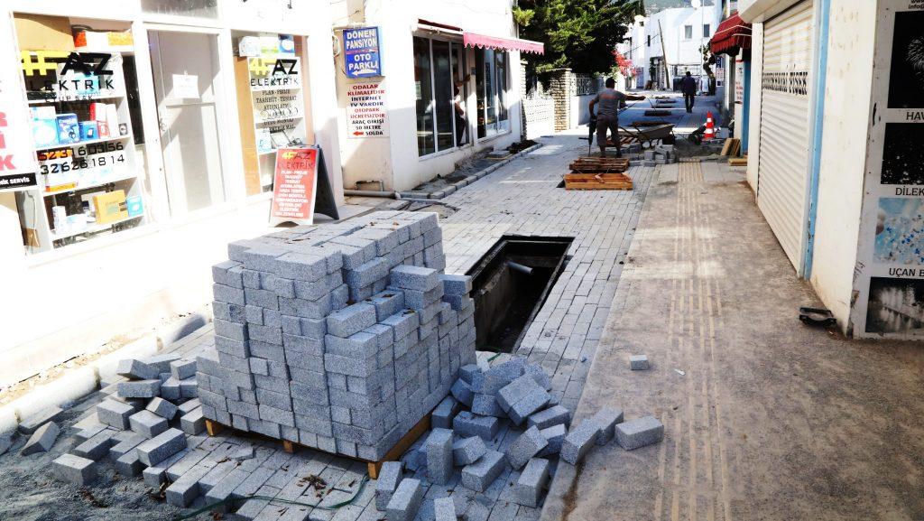 türkkuyusu TURKKUYUSU KİMLİĞİNE UYGUN HALE GELİYOR… Turkkuyusu Caddesi yenileniyor 1