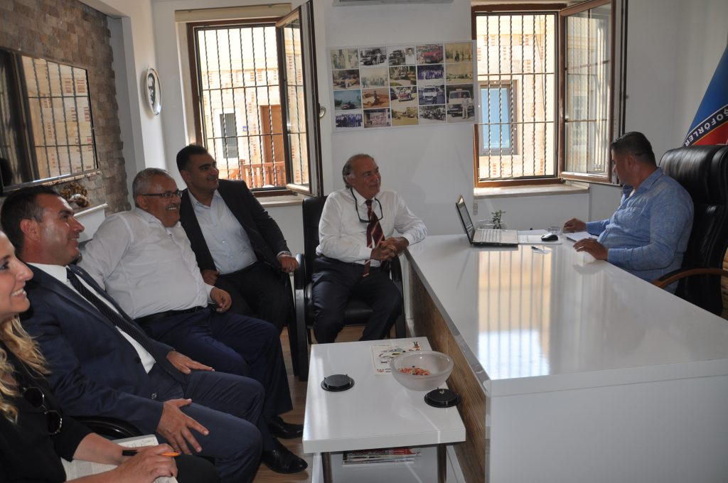 ak parti bodrum CHP'NİN MİLLETVEKİLLERİ BU ODAYA GİREMEZ… ak parti bodrum stk ziyaret 3