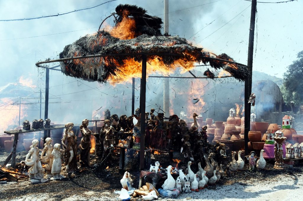 bodrum yangın ÇIKAN YANGINLAR BODRUM'U KORKUTTU… bodrum ortakent yangin 1