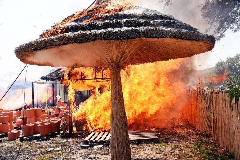bodrum yangın ÇIKAN YANGINLAR BODRUM'U KORKUTTU… bodrum ortakent yangin 2
