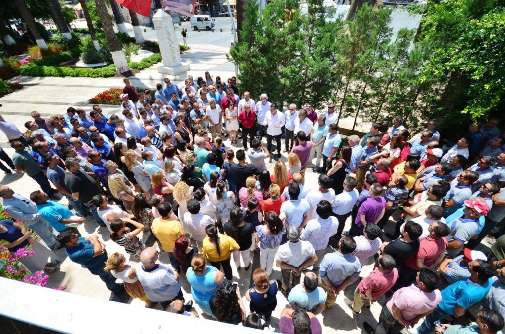bayram MEHMET KOCADON BELEDİYE PERSONELİYLE PAYLAŞTI… bodrum belediyesi bayramlasma 2