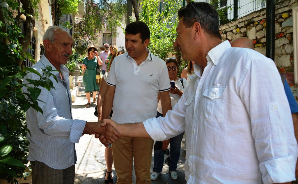 iyi parti İYİ PARTİ ESNAFLA BULUŞMAYA DEVAM EDİYOR… iyi parti esnaf calismasi 3