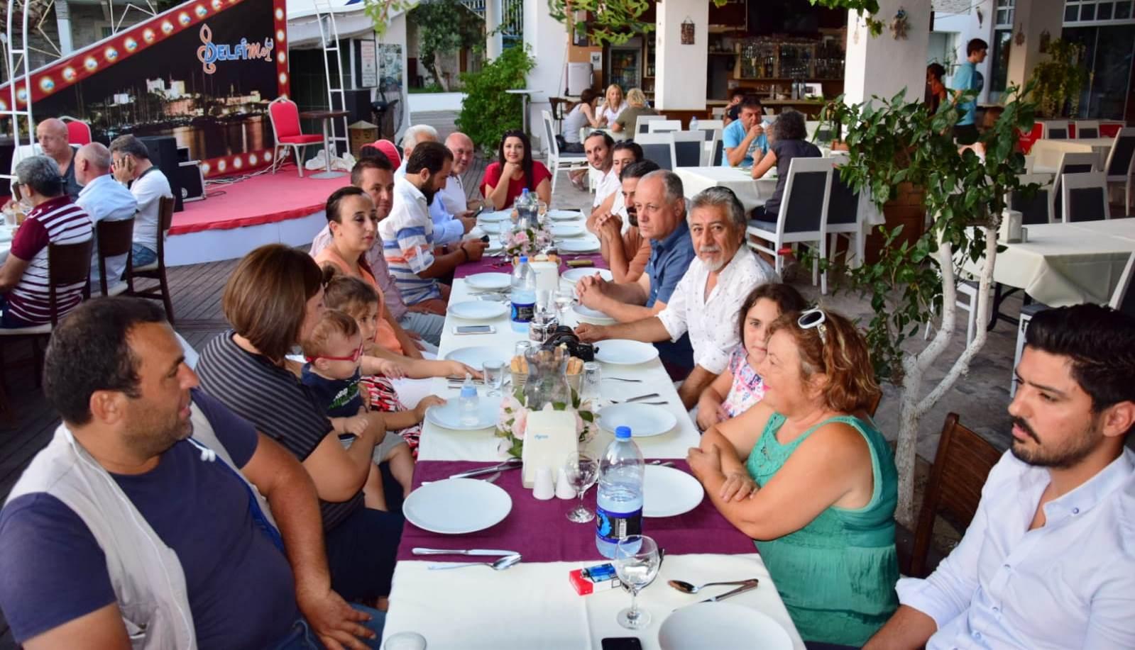 basın AK PARTİ BASIN MENSUPLARININ BAYRAMINI KUTLADI… ak parti basin mensuplari yemek 3