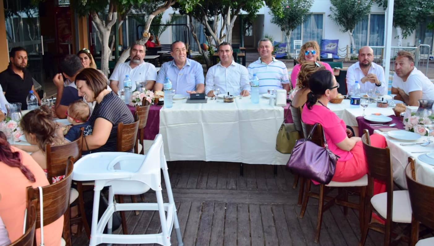 basın AK PARTİ BASIN MENSUPLARININ BAYRAMINI KUTLADI… ak parti basin mensuplari yemek 5