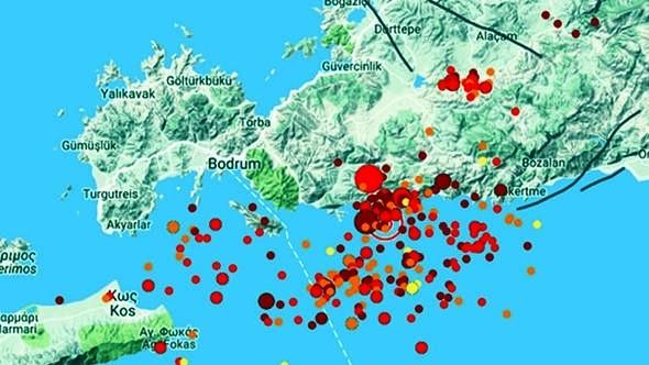 bodrum deprem BODRUM UFAK UFAK SALLANMAYA DEVAM EDİYOR… bodrum sabaha kadar sallandi arenabodrumhaber