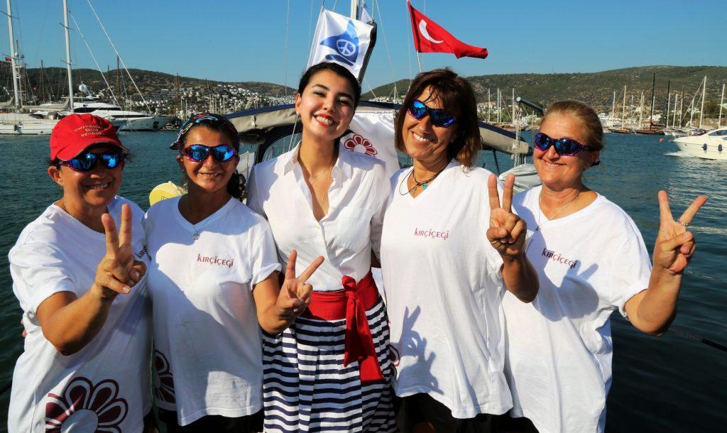 denizin kızları DENİZİN KIRÇİÇEKLERİ BODRUM'A DÖNDÜ… meryem dilsad ipbas 1
