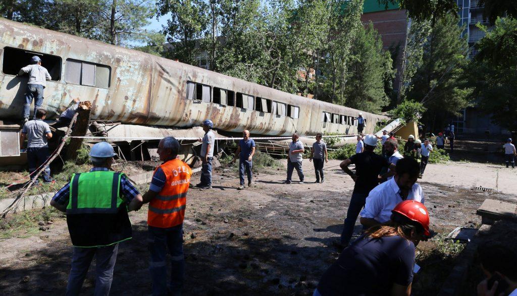 yatağan YATAĞAN TERMİK SANTRALİNDE İŞ KAZASI… yatagan termik santral kaza 1