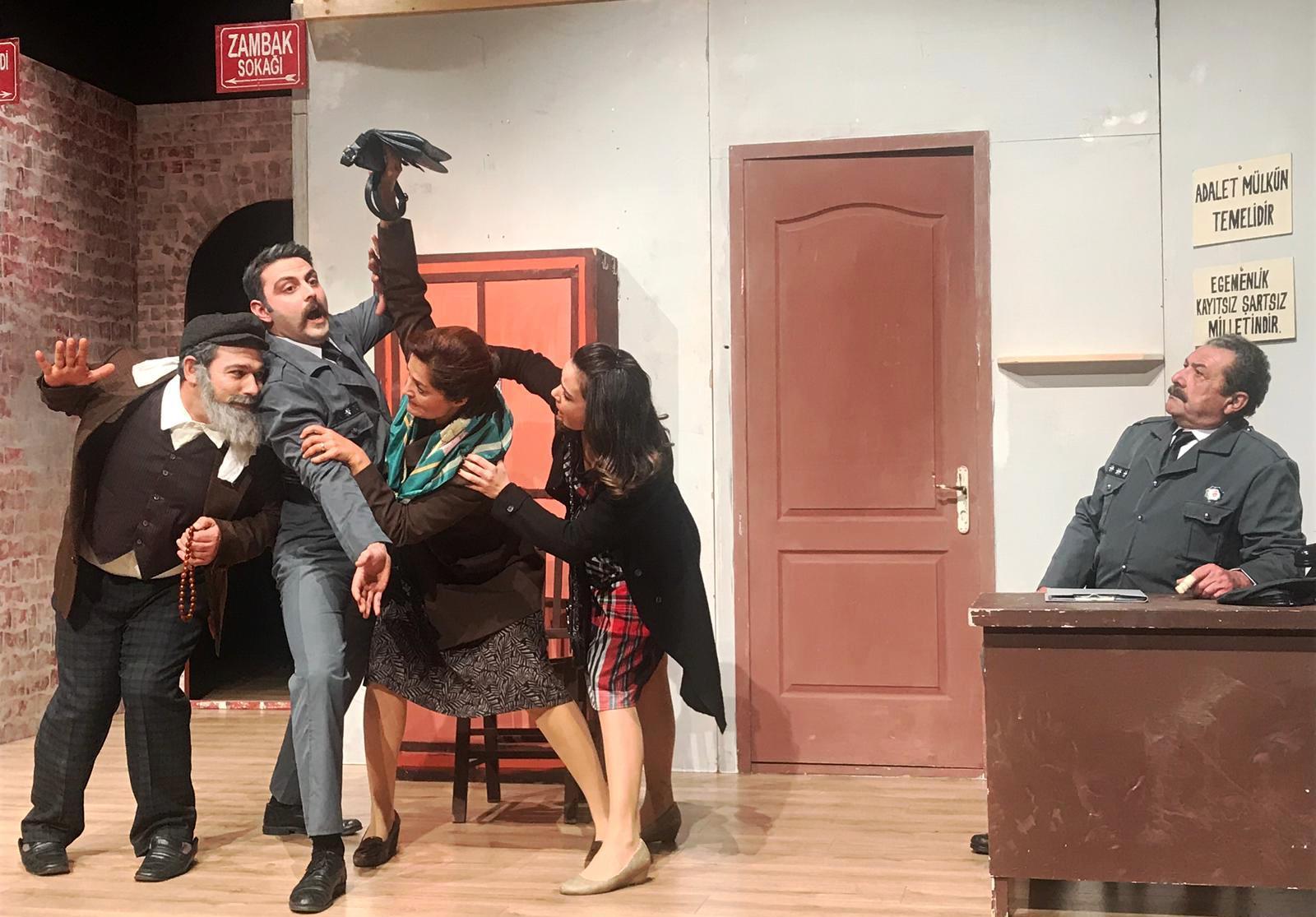 BODRUM BELEDİYESİ ŞEHİR TİYATROSU 17 OCAK'TA PERDE DİYECEK… bodrum belediyesi sehir tiyatrosu 2019 perdesini aciyor 3