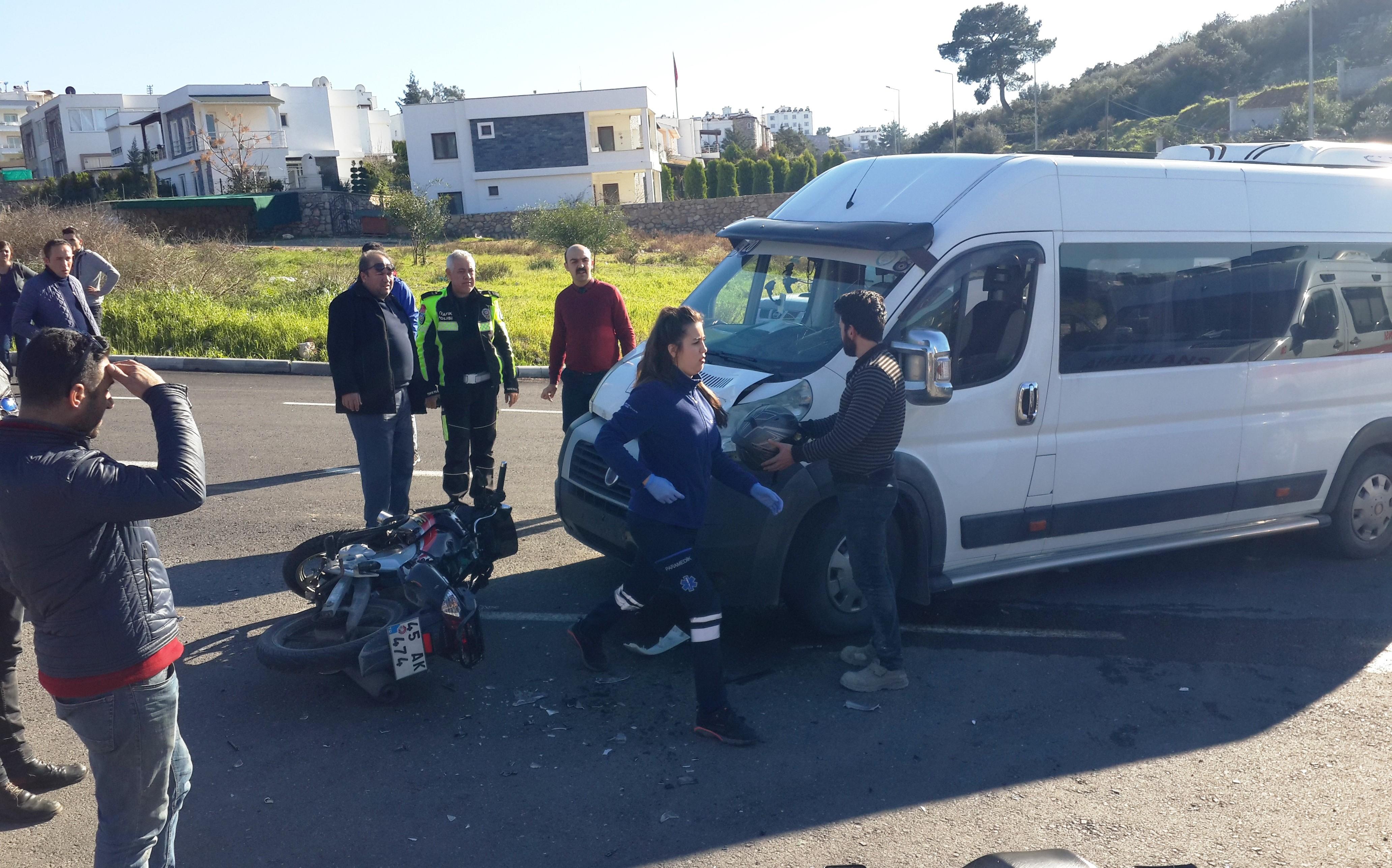 konacık kaza KONACIK'TA MEYDANA GELEN KAZADA 2 GENÇ YARALANDI… konacik motor kazasi 4