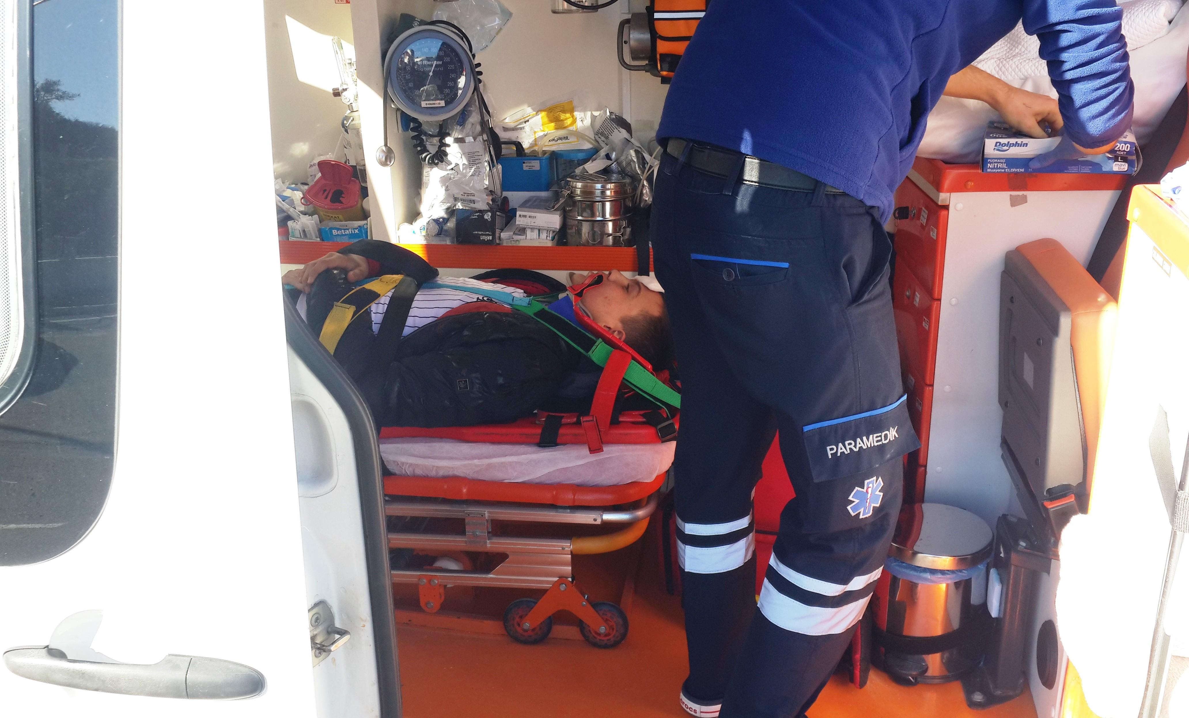 konacık kaza KONACIK'TA MEYDANA GELEN KAZADA 2 GENÇ YARALANDI… konacik motor kazasi 5
