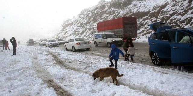 muğla kar yağışı MUĞLA'YA KAR YAĞINCA BÖYLE OLDU… mugla aya kar ya    nca b  yle oldu 2