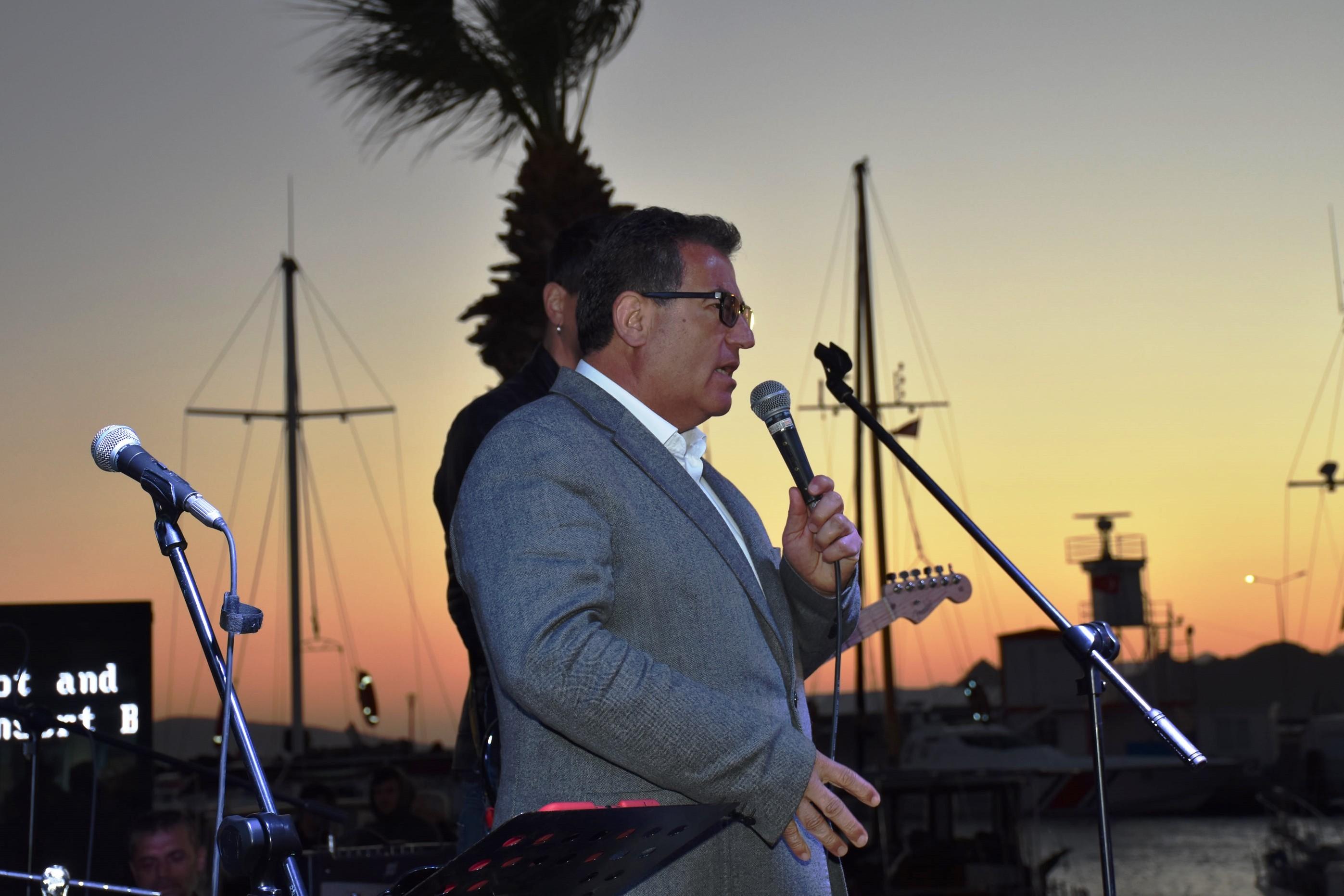 halil ibrahim kaynar KAYNAR: TURGUTREİS'TE YILLARDIR FOSSEPTİĞİ DENİZE BIRAKIYORLAR… kaynar konser5