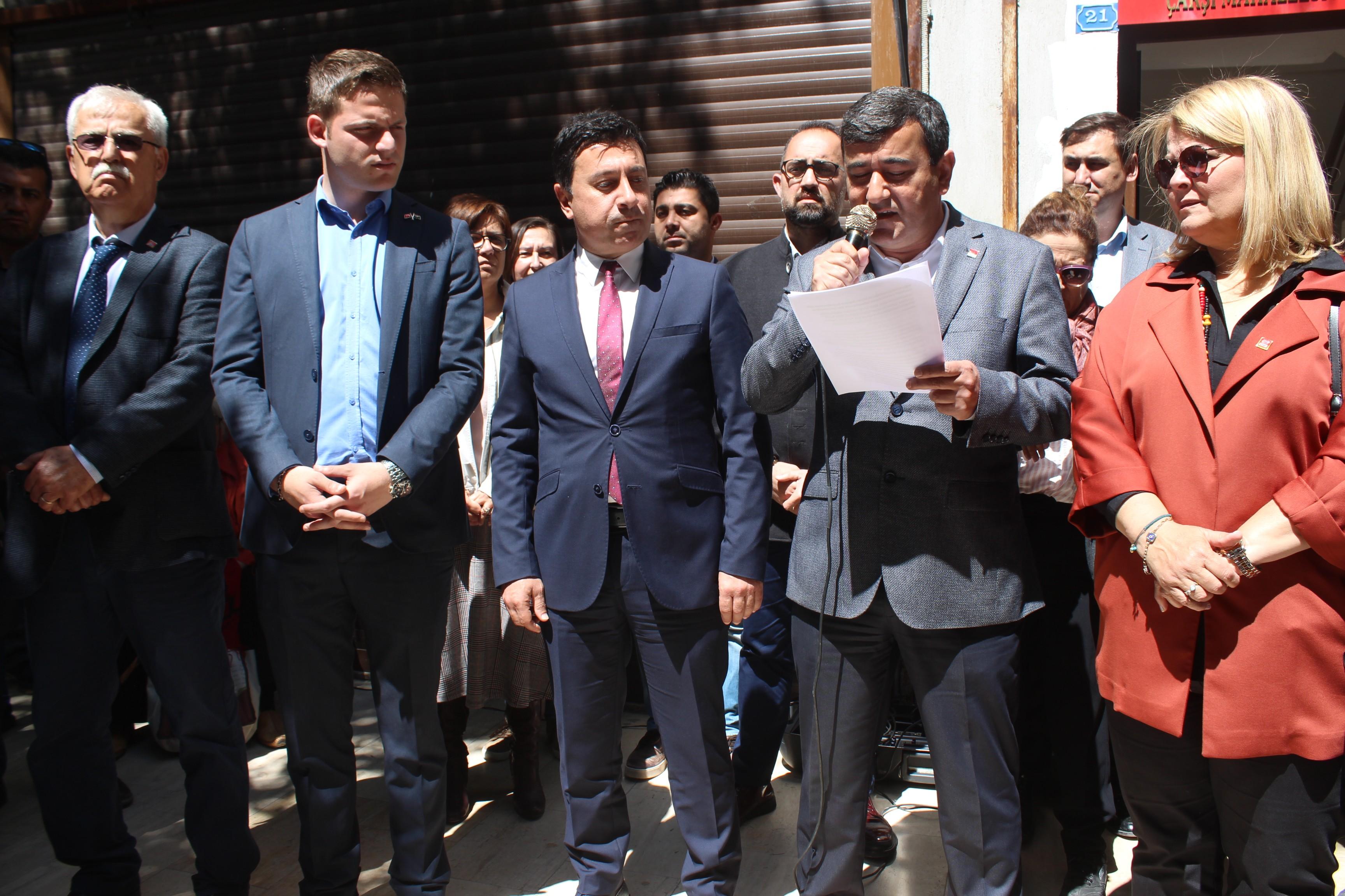"""kemal kılıçdaroğlu BAŞKAN ARAS: """"O YUMRUK TÜRK MİLLETİ'NE ATILMIŞTIR"""" CHP11"""