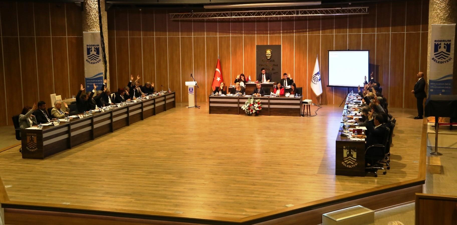 ahmet aras BODRUM'U YÖNETECEK KOMİSYONLAR BELİRLENDİ… bodrum belediyesi nisan ay   meclis toplantisi 3