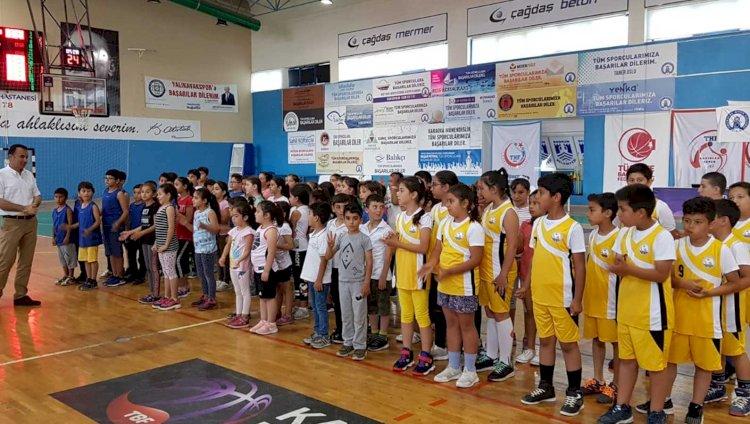 """6. basketbol Şenliği MİNİK BASKETBOLCULAR """"6.BASKETBOL ŞENLİĞİ""""İNDE… 6"""