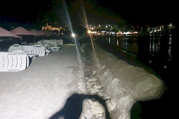 karaincir plajı GECE YARISI KAÇAK TESİSAT ÇEKMEK İSTEDİLER… KARA  NC  R KACAK KAZ