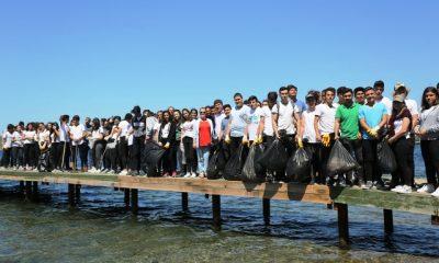 kumbahçe BODRUM'UN GENÇLERİ KOLLARI SIVADI… bodrum sahillerini temizlediler 16 400x240
