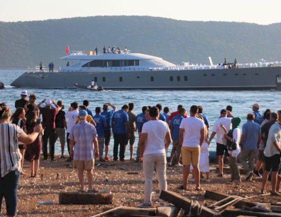 ada yatçılık ile global impact yachting BODRUM YAPIMI SÜPERYAT DENİZE İNDİRİLDİ… BODRUM YAPIMI YAT 560x433