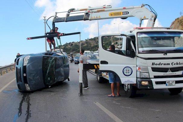 bodrum trafik kazası GÜRECE'DE ZİNCİRLEME TRAFİK KAZASI UCUZ ATLATILDI… bodrum gurece kaza 1