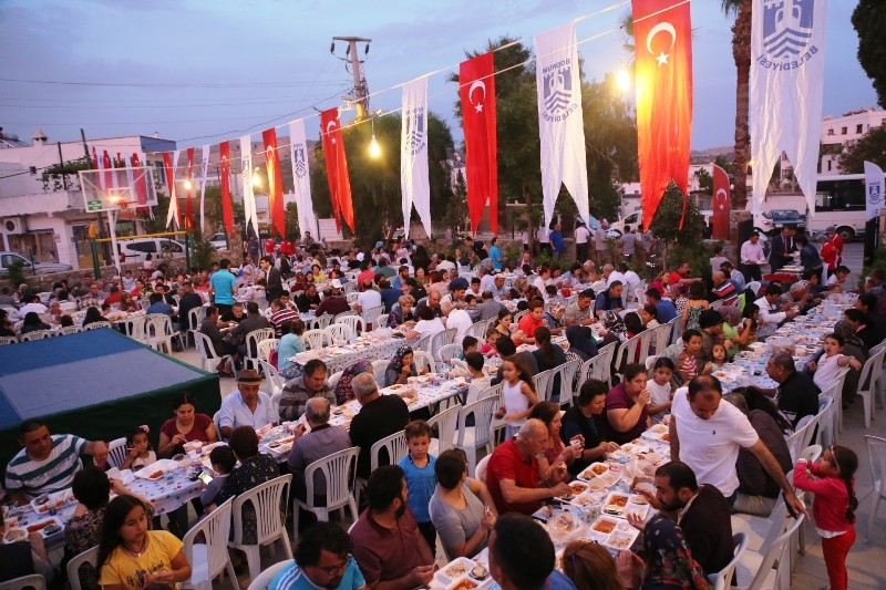 bodrum belediye 30 YILLIK SAHUR GELENEĞİ BU YIL DA BOZULMADI… iftar yemekleri 7