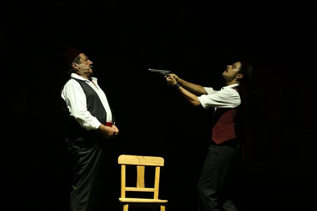 bodrum belediyesi Şehir tiyatrosu TARİHİ SAHNEDE MUHTEŞEM OYUN… Batakhane Guzeli 11
