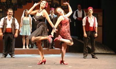 bodrum belediyesi Şehir tiyatrosu TARİHİ SAHNEDE MUHTEŞEM OYUN… Batakhane Guzeli 13 1 400x240