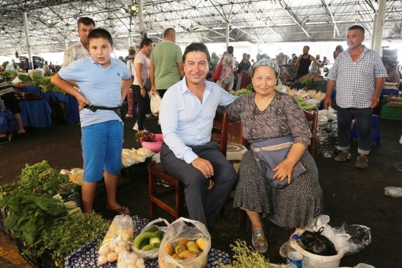 bodrum pazar yerleri Bodrum pazar yerlerinin kura çekimi Şubat ayında… Baskan Aras Pazaryeri Ziyareti 2