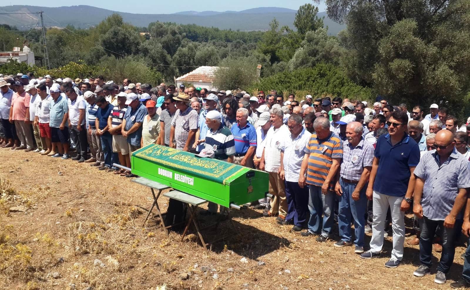 durmuş ali cangır DURMUŞ ALİ CANGIR SON YOLCULUĞUNA UĞURLANDI… durmus ali cangir cenaze t  reni 1