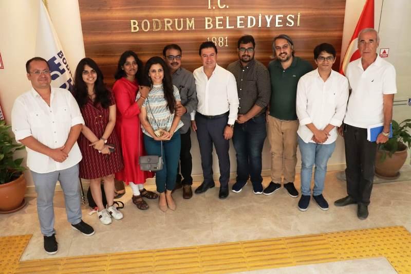 eni delhi kültür ve tanıtma müşavirliği BODRUM'DA HİNT DÜĞÜNÜ İÇİN YER BAKIYORLAR… hintli gazeteciler ba  kan aras   ziyaret etti