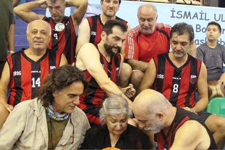 bodrum veteranlar basketbol turnuvası VETERAN BASKETBOLCULARI İSMAİL ULUKAN BİR ARAYA GETİRDİ… ismail ulukan turnuvasi