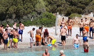 eddy henri avandecaetsbeek YÜZERKEN KALP KRİZİ GEÇİRDİ… plaj kalp krizi 400x240