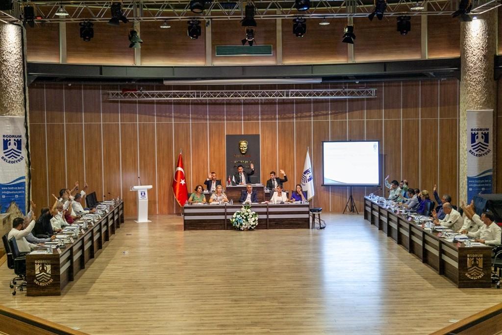 ahmet aras ARAS: BİZ BODRUM'A YANLIŞ YAPMAYACAĞIZ… bodrum belediyesi meclis toplantisi 4