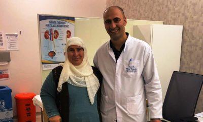 acıbadem hastanesi İLK KEZ YAPILAN YÖNTEMLE 6 CM'LİK BÖBREK TÜMÖRÜNDEN KURTULDU… Dr Mirze Bay  nd  r Gulizar Ko   400x240