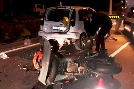 bodrum kaza KÖPEĞE ÇARPMAMAK İÇİN KONTROLÜNÜ KAYBEDİNCE… yokusbasi kaza