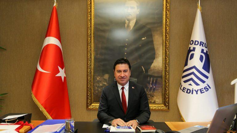 Ahmet Aras: Özgür bir basın, demokrasi ve cumhuriyeti güvence altına alan çelikten bir kale gibidir…