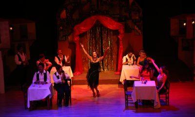 batakhane güzeli YOĞUN İLGİDEN SEYİRCİ KAPIDA KALDI… bodrum sehir tiyatrosu sezonu acti 1 400x240