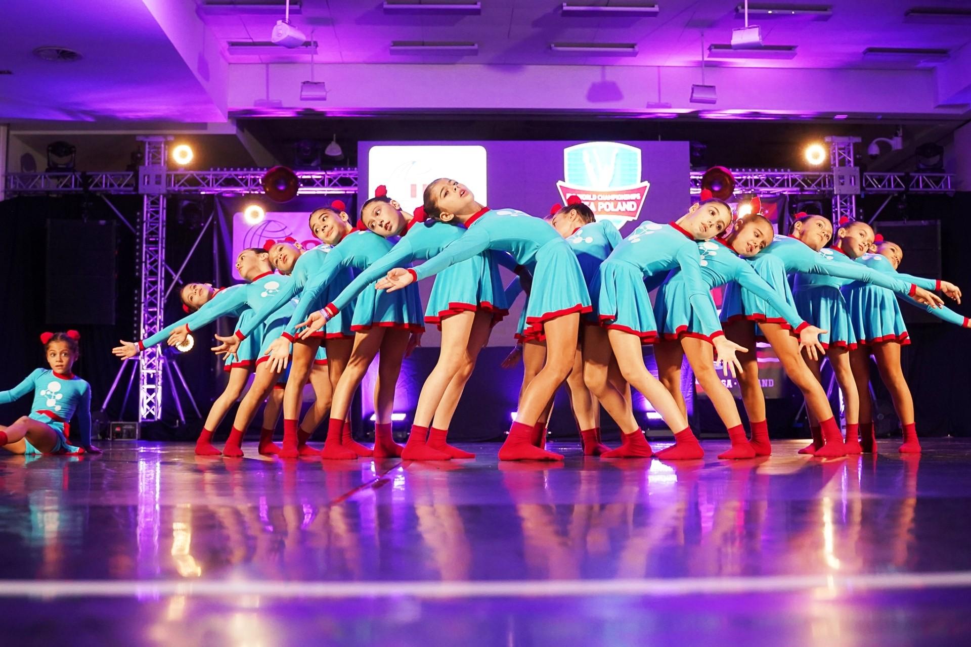 ido modern dans dünya Şampiyonası BODRUMLU DANSÇILAR DÜNYA ŞAMPİYONASINDAN DÖNDÜ… modern dans bodrum 2