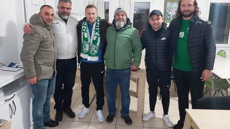 Tarık Daşgün'e ilk destek Asi Tayfa'dan geldi.