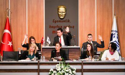 bodrum belediye meclisi AK Parti ve MHP'nin teklifine meclisten ret geldi… bodrum belediyesi meclis toplantisi 4 400x240