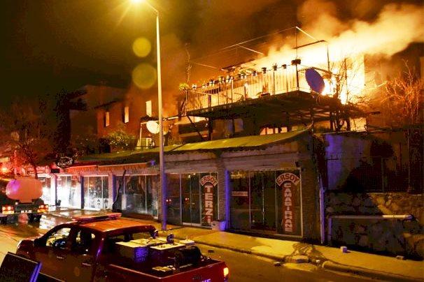 Gümbet'te gece çıkan yangın büyük panik yaşattı… gumbet yangin 1