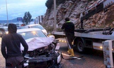 Kazaya neden olan sürücü kaçtı… yokusbasi kaza 1 400x240