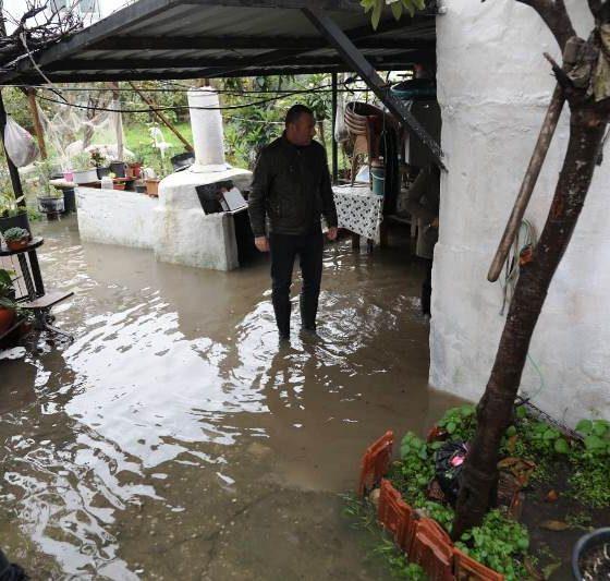 Kuvvetli yağış Yalıkavak'ta su taşkına sebep oldu… yalikavak su baskini 3 560x533