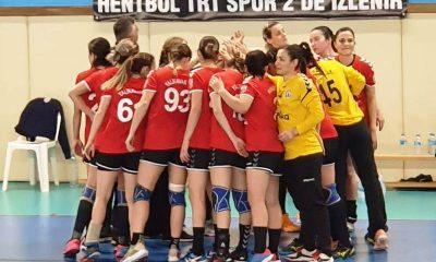 """yalıkavakspor hentbol """"Denizin Kızları"""" Üsküdar'ı 30 golle geçti… yalikavakspor uskudar belediyespor 1 400x240"""