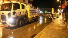 Cadde, sokak ve meydanlar yıkanıyor…