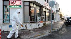 Belediye eczaneleri dezenfekte ediyor…