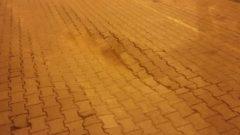 Bozuk yollar araçlara hasar veriyor artık…